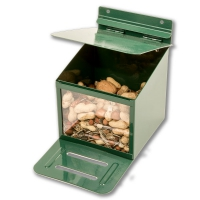 Large Capacity Squirrel Feeder