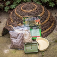 Igloo Hedgehog Feeder Pack